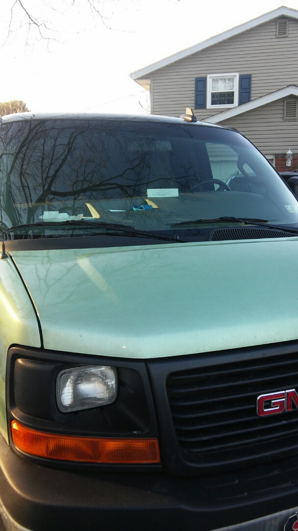 Bethlehem, PA - Replaced windshield on GMC Savanna for a customer at their house