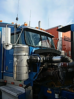 White Haven, PA - Replaced both shattered windshields on Kenworth W900 for a customer at Hickory Run Travel Plaza