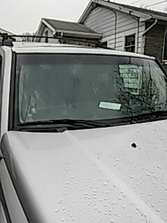 Stroudsburg, PA - Replaced windshield on Jeep Commander for a customer at their house
