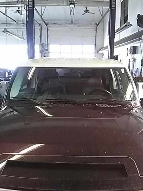 Lehighton, PA - Replaced windshield on Toyota FJ Cruiser