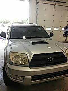 Bath, PA - Replaced windshield on Toyota 4Runner for a customer at their work