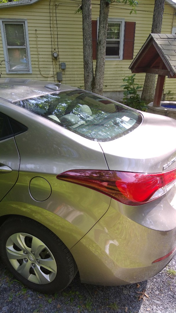 Slatington, PA - Replaced back glass for on Hyundai Elantra for a customer at their home
