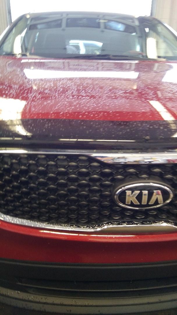 Stroudsburg, PA - Replaced windshield on KIA Sorento for Abeloff KIA