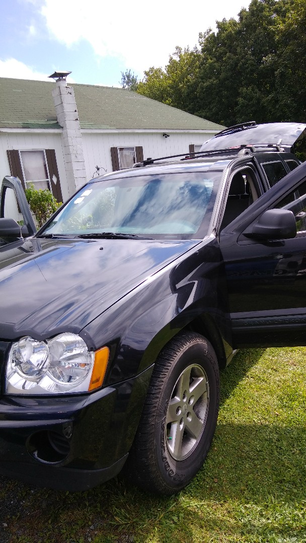 Jim Thorpe, PA - Replaced windshield on Jeep Grand Cherokee for a customer at his home and processed the claim through Erie Insurance