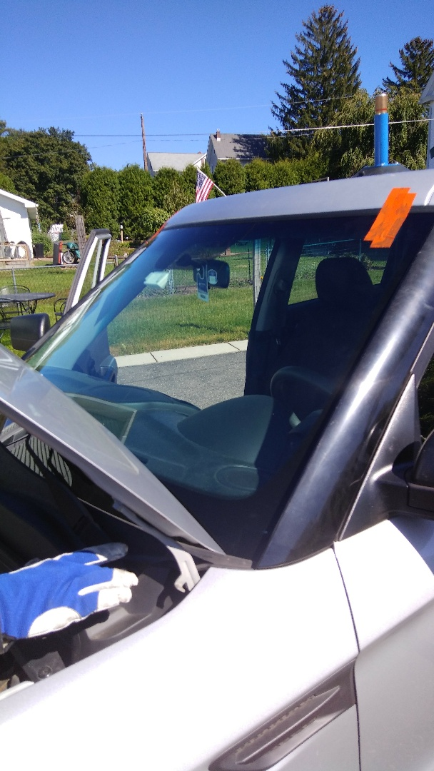 Jim Thorpe, PA - Replaced windshield on KIA Soul for a customer at her home for the exact price quoted