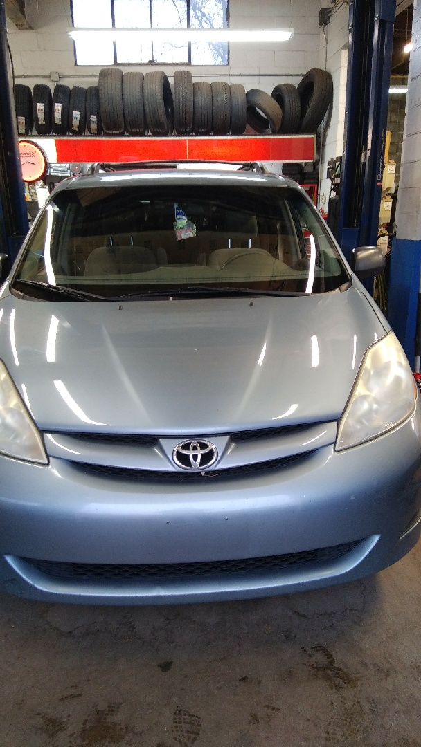 Replaced windshield on Toyota Sienna for Effrig's All Out Auto for the exact price quoted