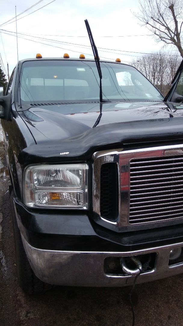 Weatherly, PA - Replaced windshield on Ford F250 for a customer at his home and processed the claim with State Farm Insurance