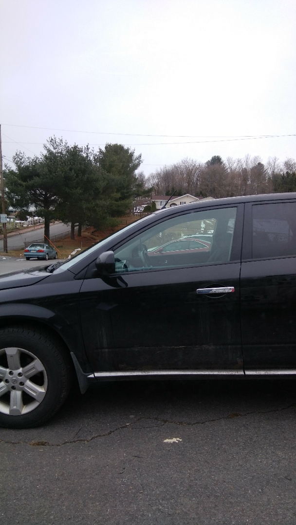 Replaced windshield on Nissan Murano for a customer at her home for the exact price quoted