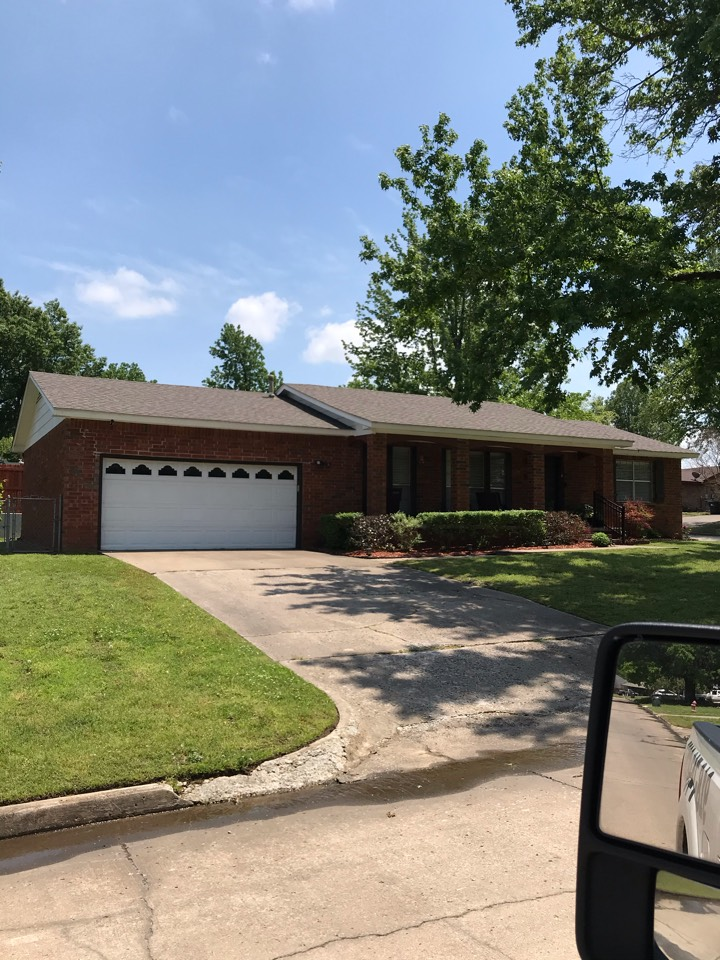 Sapulpa, OK - We completed another new roof replacement in Sapulpa. It was a complete tear off with new GAF Timberline HDZ shingles. The installed color is Weather Wood. Call today for a free estimate 918-743-9257