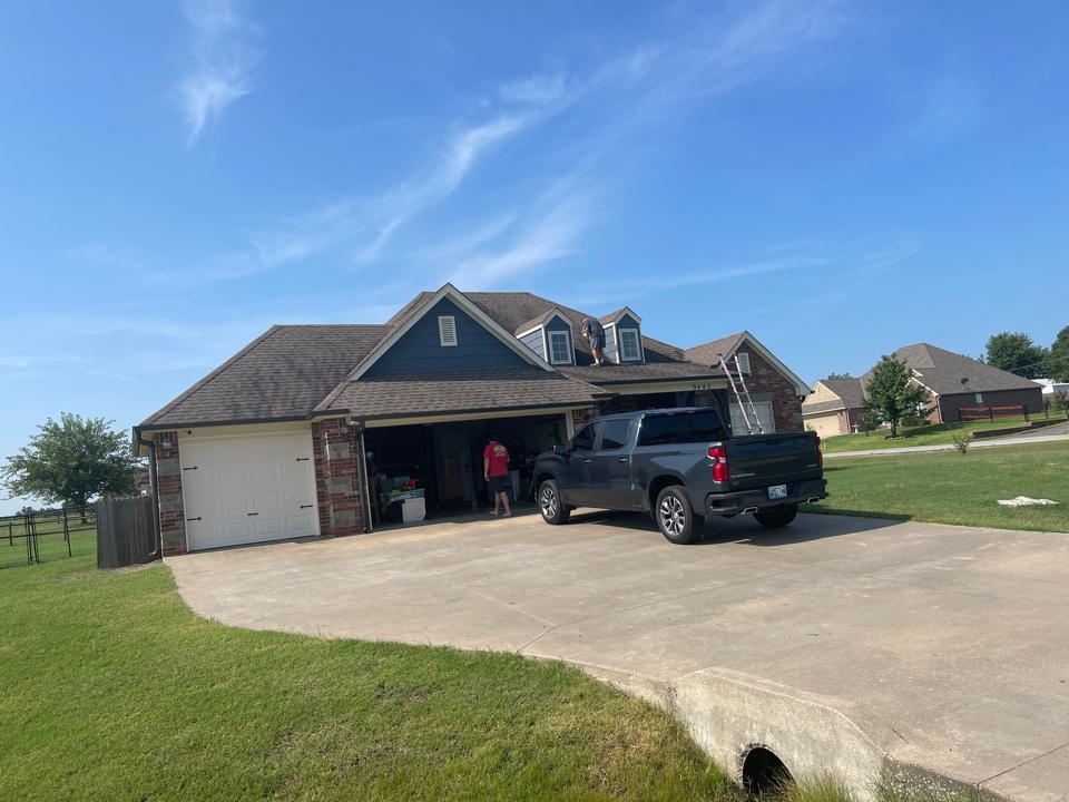 Collinsville, OK - Roof leak in Collinsville. Call Bryan and Tina with Arrowhead for all of your roofing, siding and painting projects.