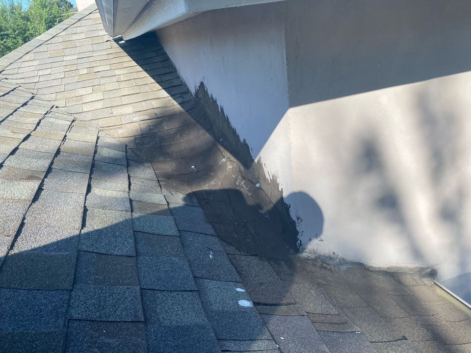Tulsa, OK - Estimate for new roof due to Hail Damage. In addition to new shingles customer will need flashings done correctly.