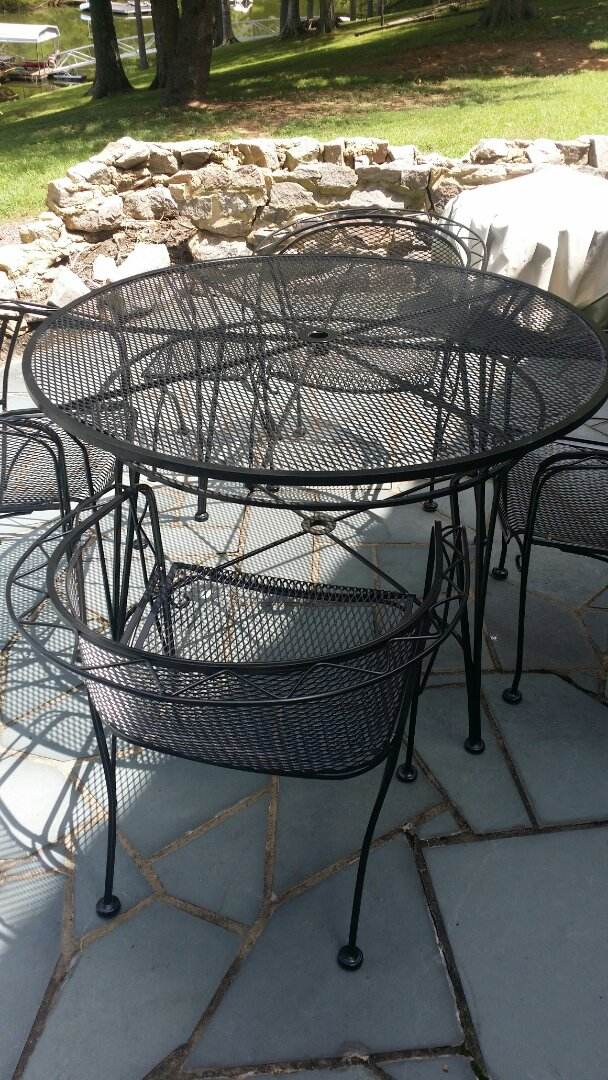 Henderson, NC - Sandblast and repaint outdoor furniture