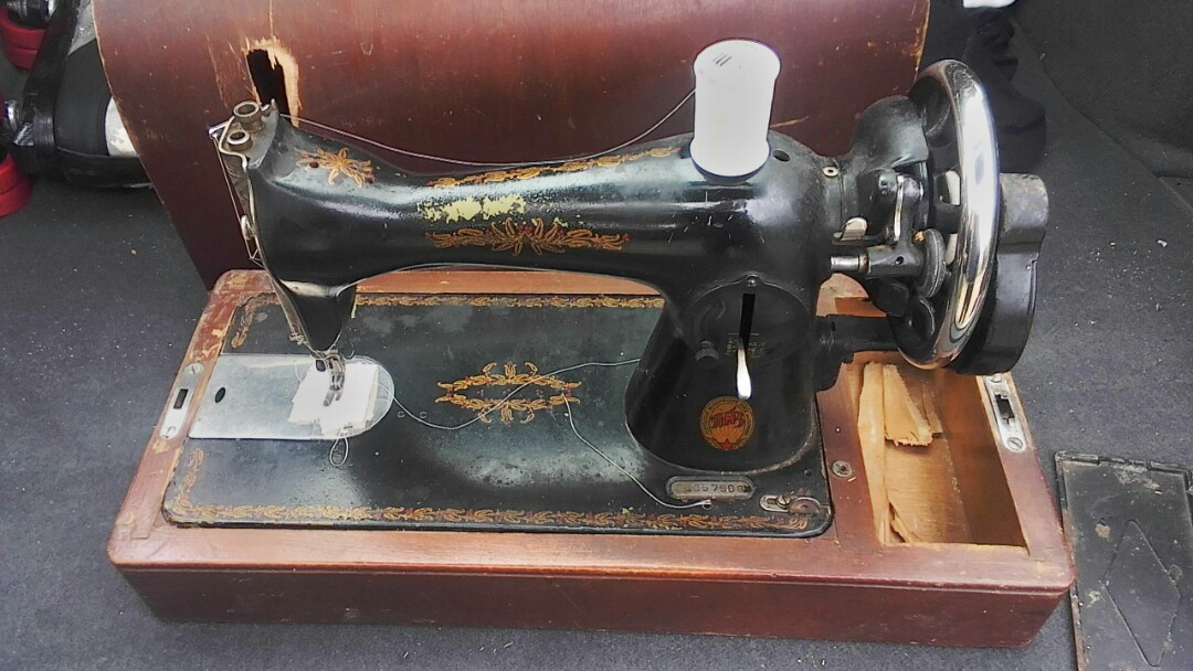 Greensboro, NC - Just gave a quote for a customer who had a Antique Sewing Machine from Belarus which was damaged in the airport while going through customs.