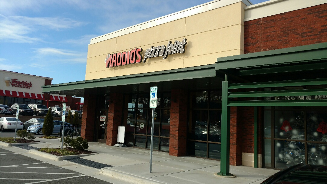 High Point, NC - Here at Madios Pizza for the High Point Network Group hosted by Kelly Ford!,
