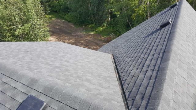 Onoway, AB - GAF Timberline HD in Charcoal!