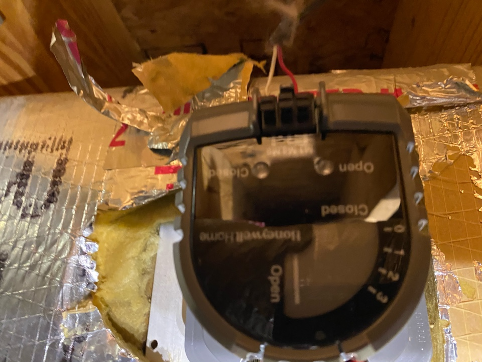 Hiram, GA - Replaced 2damper motors. Now the home will heat/cool whichever zone the want to.