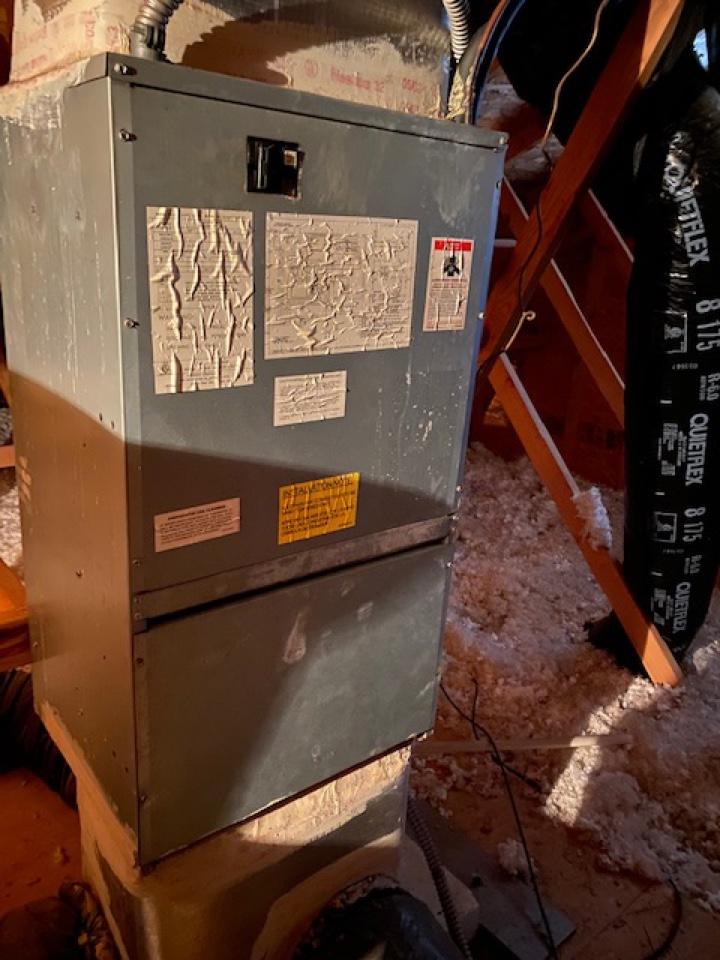 Atlanta, GA - Heat pump not heating found fan relay board burned and shorted.