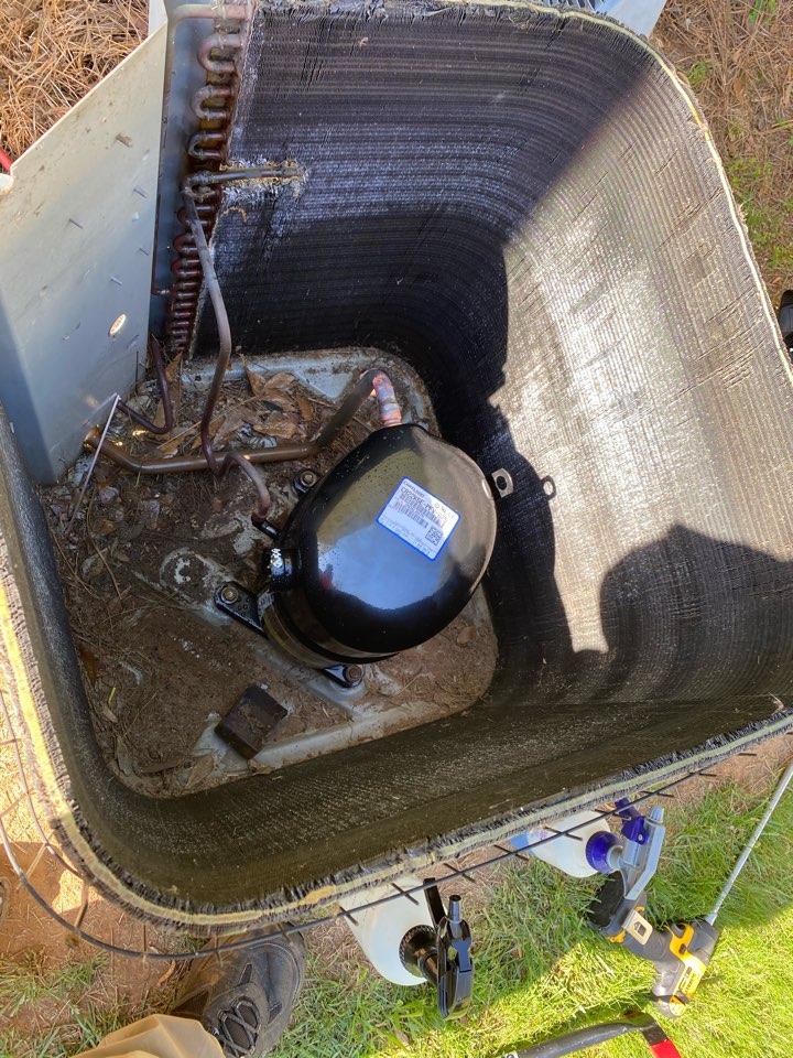 Dallas, GA - Installed compressor