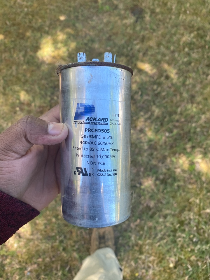 Hiram, GA - Found Capacitor dead on compressor side. Replaced and system is operating at this time.