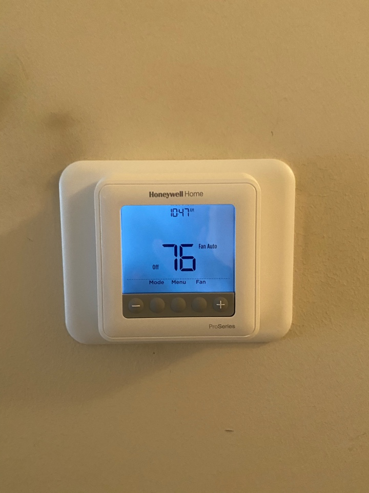 Hiram, GA - Installed Fan relay, Thermostat and capacitor. System cooling at this time