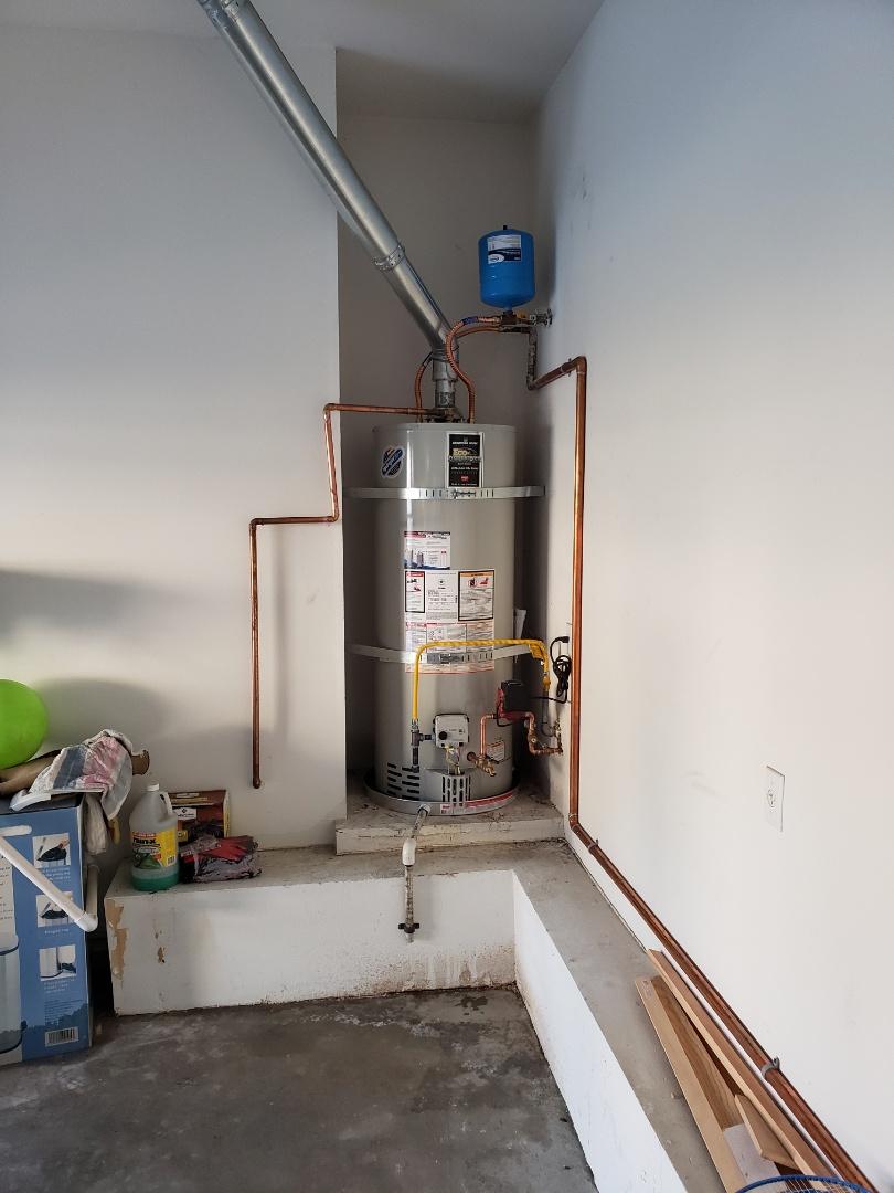 Murrieta, CA - Installing a 10 year 50 gallon water heater in murrieta.