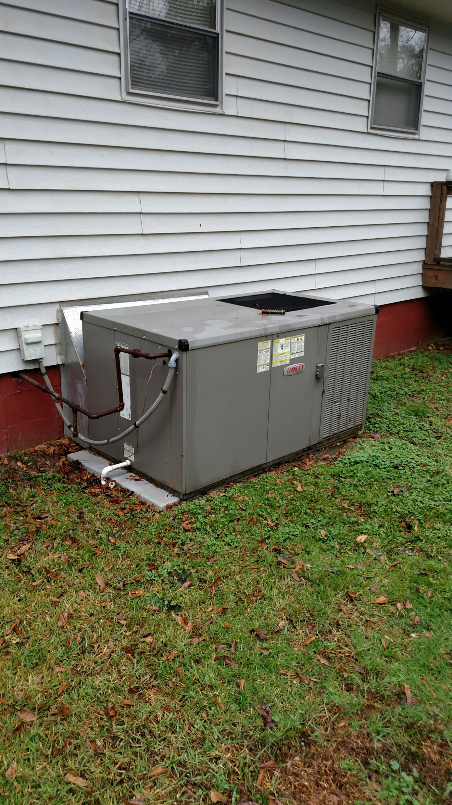 Oakwood, GA - Cleaned the burner assembly on the 8  year old Lennox gas package unit that was keeping the furnace from working.