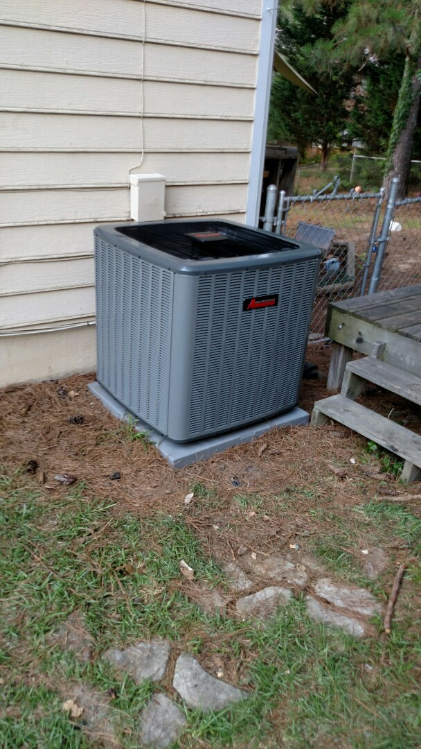 Sugar Hill, GA - Installing this 16 seer Amana air conditioner with variable speed furnace and all aluminum evaporator coil. New system has a 10 year all parts warranty and Lifetime warranty on the heat exchanger and compressor to the registered home owner.