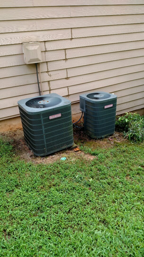Braselton, GA - Customer is having us replace the air handler sections of these 12 year old Goodman heat pump systems due to freon leaks.