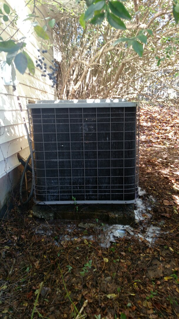 Buford, GA - Performing heating tune up on this 12 year old Heil heat pump system. Chemical flushing condenser coils. We are a locally owned and operated family heating and air conditioning business. We are in or near this area on a daily basis. Check out our great reviews. We are here to serve our customers with honesty and integrity.