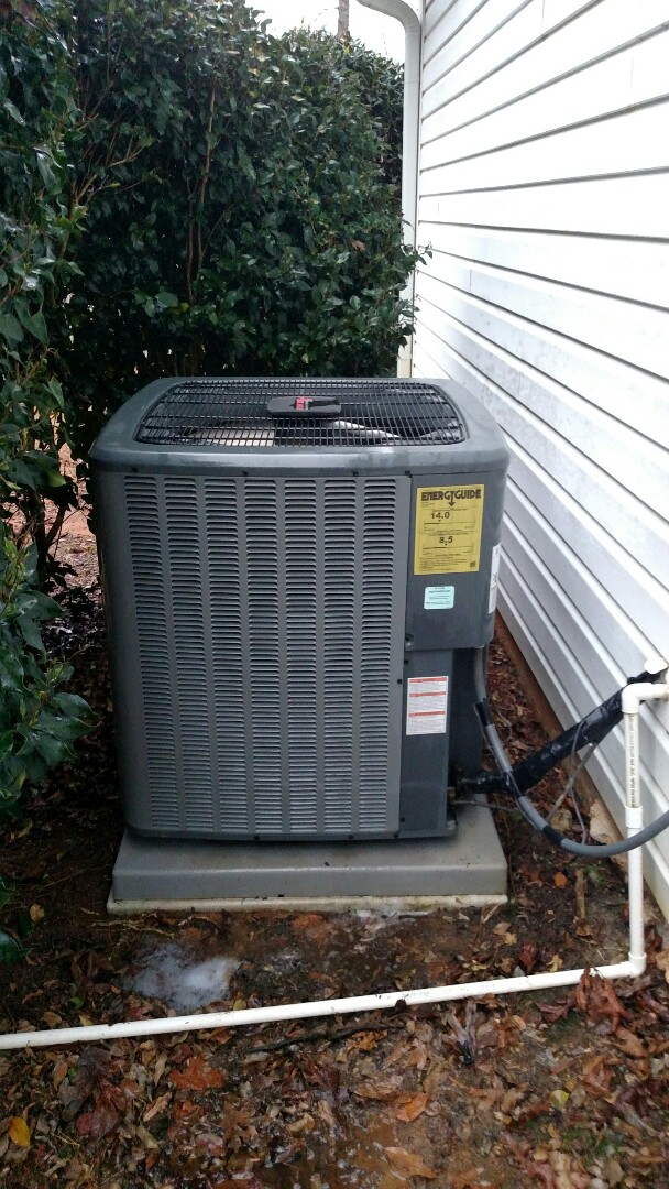 Flowery Branch, GA - Performing cooling maintenance on this 4 year old Amana 14 seer heat pump system. Checking 20x25x5 pleated media filter. We are local and in or near this area on a daily basis. We serve you and your family with honesty and integrity. We service all brands like Carrier Bryant Lennox Comfortmaker Nordyne Tappan Westinghouse Trane American standard Ruud Rheem Heil Amana Goodman Daikin GMC Whirlpool weather king.