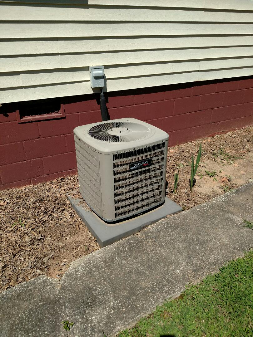Flowery Branch, GA - Performing cooling check on this 3 year old Amana central heating and air conditioning unit that we installed back in 2014. We service all brands like Carrier Bryant Lennox Comfortmaker Nordyne Tappan Westinghouse Trane American standard Ruud Rheem Heil Amana Goodman Daikin GMC Whirlpool weather king Tempstar Armstrong Coleman. Great service and expertise. Check out our great reviews on our two Technicians Chris and Chad.