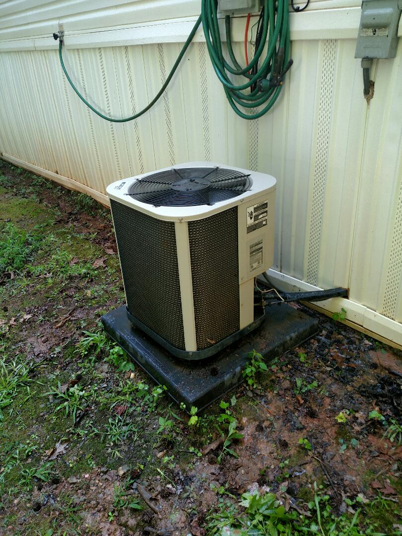 Buford, GA - Performing cooling check on this 8 year old mobile home central air conditioner. We are local and in or near this area on a daily basis. We service all brands like Carrier Bryant Lennox Comfortmaker Nordyne Tappan Westinghouse Trane American standard Ruud Rheem Heil Amana Goodman Daikin GMC Whirlpool weather king Tempstar Armstrong Coleman Payne. We are here to serve you and your family with honesty and integrity. Check out our great reviews and website.