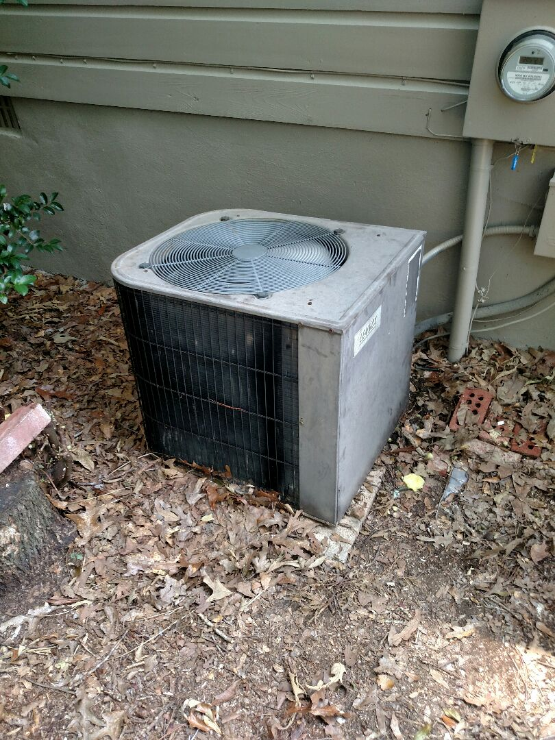Gainesville, GA - This 30 year old Lennox air conditioner is no longer able to keep set temperature in the home due to 30 years of run time. The only way to get full capacity back is to replace system. We are local and in or near this area on a daily basis. We service all brands like Carrier Bryant Lennox Comfortmaker Nordyne Tappan Westinghouse Trane American standard Ruud Rheem Heil Amana Goodman Daikin GMC Whirlpool weather king Tempstar Armstrong Coleman. Great reviews and website and customer service