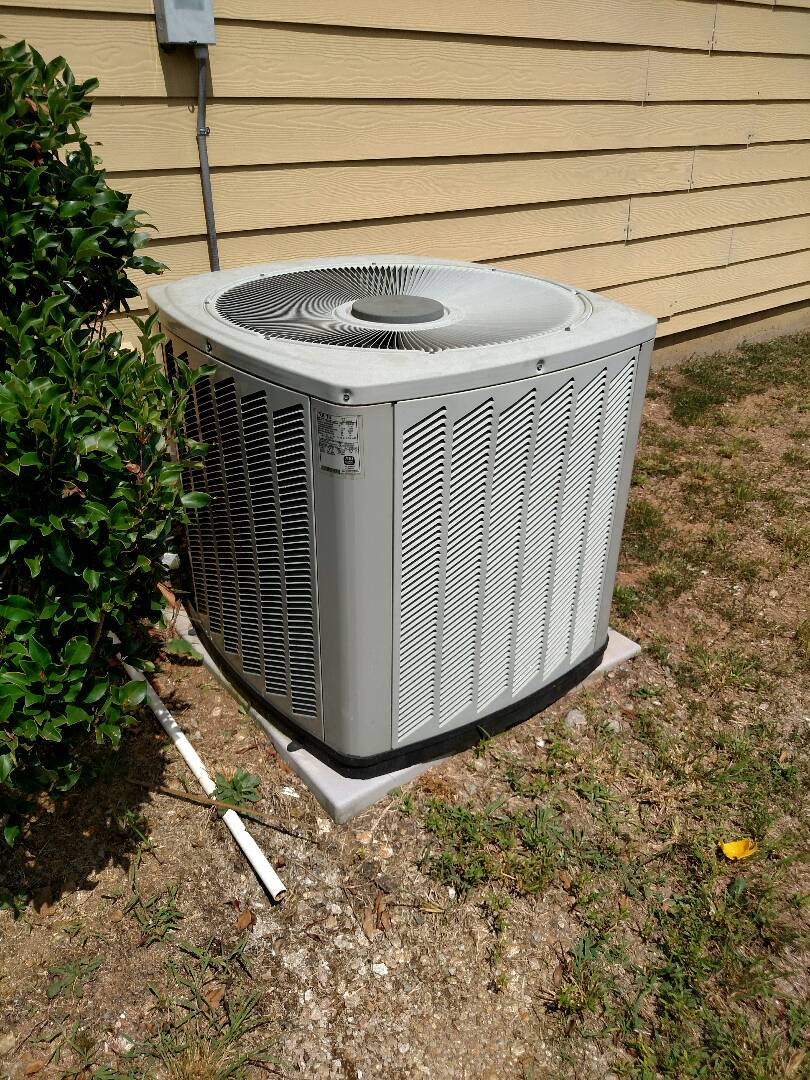 Flowery Branch, GA - This 9 year old Trane central heating and air conditioning system needs a new zone control board to get system back operating correctly. We service all brands like Carrier Bryant Lennox Comfortmaker Nordyne Tappan Westinghouse Trane American standard Ruud Rheem Heil Amana Goodman Daikin GMC Whirlpool weather king Tempstar Armstrong Coleman. We serve you and your family with honesty and integrity. We are local and in or near this area on a daily basis. Servicing Hall County and surrounding areas