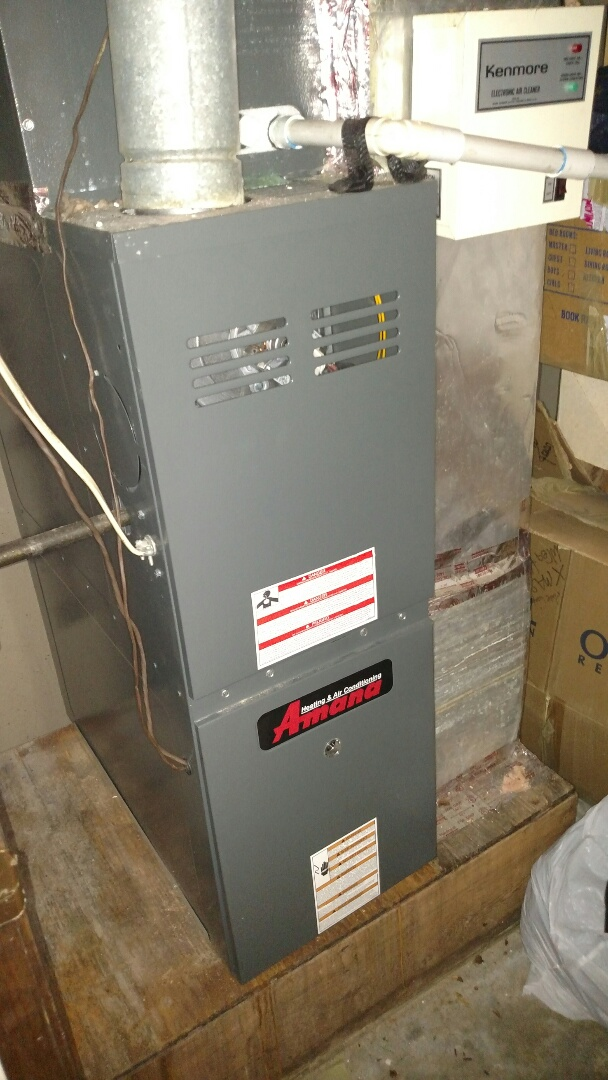 Flowery Branch, GA - This 9 year old Amana central heating and air conditioning unit that we put in back in 2008 was not coming on due to a fault in the high voltage transformer. We are local and in or near this area on a daily basis. We serve our customers with honesty and integrity. We service all brands and models like Carrier Bryant Lennox Comfortmaker Nordyne Tappan Westinghouse Trane American standard Ruud Rheem Heil Amana Goodman Daikin GMC Whirlpool weather king Tempstar Armstrong Coleman.