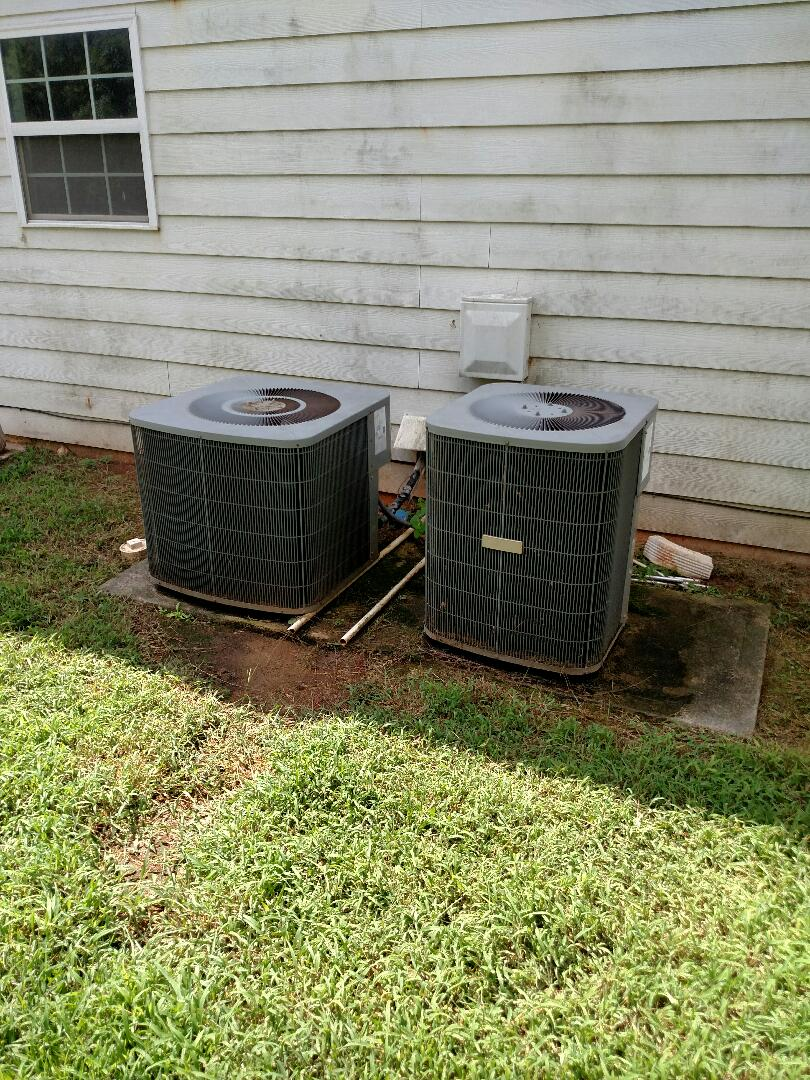Jefferson, GA - Both of these 13 year old Heil heat pump systems have very large leaks in the evaporator coils. Both systems need replacing for a long term fix. If you just add freon it will leak out again. We service all brands and models like Carrier Bryant Lennox Comfortmaker Nordyne Tappan Westinghouse Trane American standard Ruud Rheem Heil Amana Goodman Daikin GMC Whirlpool weather king Tempstar Armstrong Coleman. Locally owned and operated family heating and air conditioning business