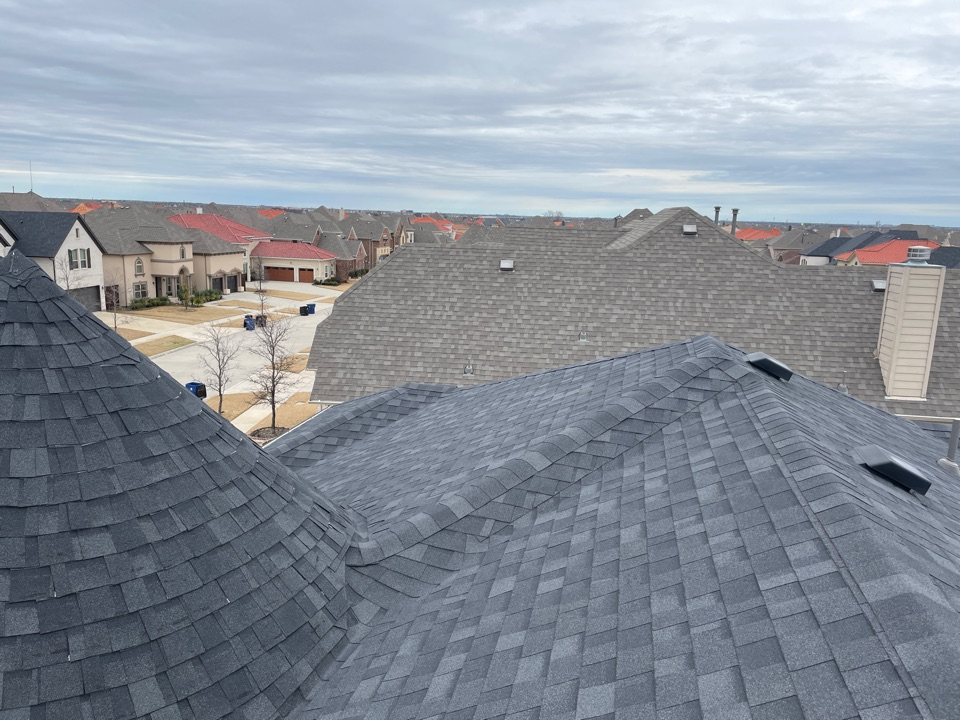 Frisco, TX - It's a great time to check your roof. Free inspections to see how much lifetime you have remaining or if you qualify for a new, free roof.