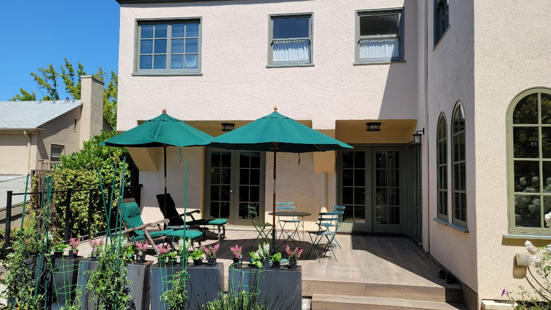 Lafayette, CA - Just met with a customer who chose the Sunstyle retractable awning from Sunesta.  21' wide x 10' projection along with a 5' manual drop screen. This is an option, that one can drop when needed to provide more shade when the Sun is lower in the sky and still shines under the awning. If you chose this option, one can drop the screen to block that low Sun. A must have option when facing west. This picture shows the deck where their future retractable awning will be installed in a few weeks.