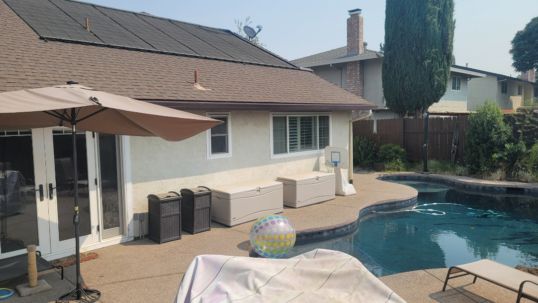 Woodland, CA - Backyard in Woodland that really needs a Retractable Awning for shade that will go nicely with the pool.