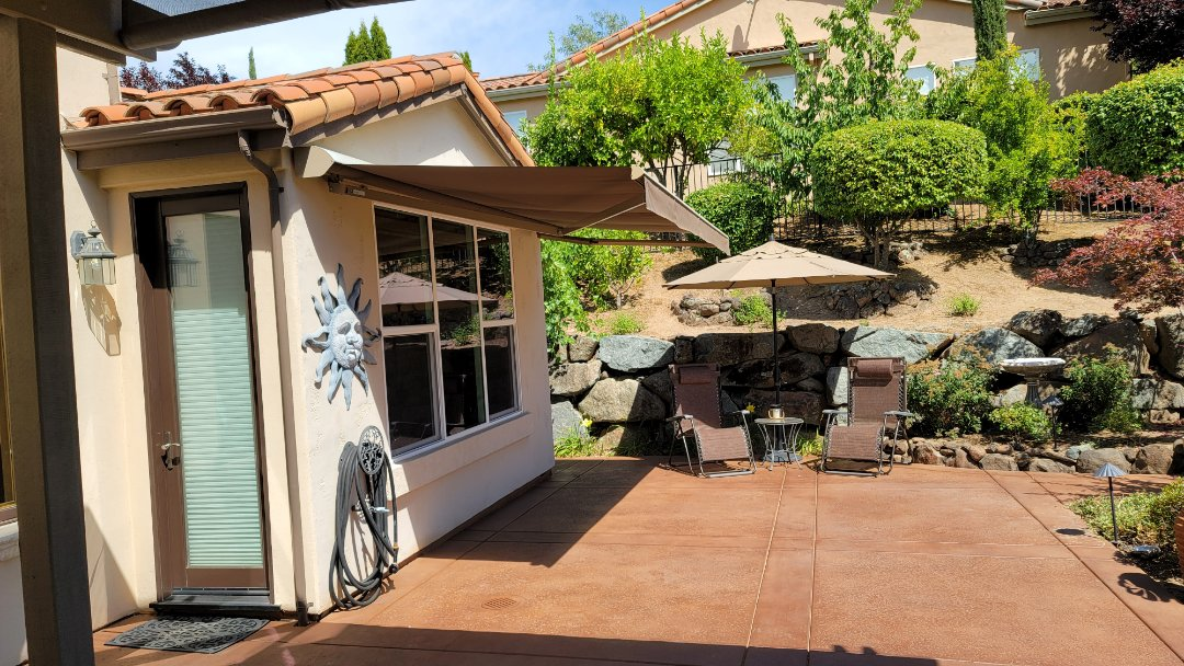 Dixon, CA - Service call to customer who got their Sunesta awning 7 years ago. It's important that who you chose to buy and install your awning that they will be there for you to provide service when you might need it.
