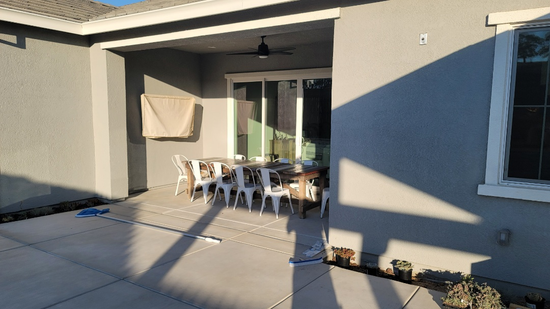 Rocklin, CA - Another home that needs a Sunesta Retractable Awning from Awning Pros with a 5' drop screen because they face west.
