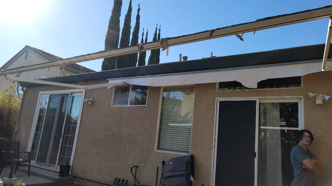 Folsom, CA - Retractable awning frame that needs new fabric.  They chose a Sunbrella fabric, a Glen Ravin Mills company that most everyone is familiar with.