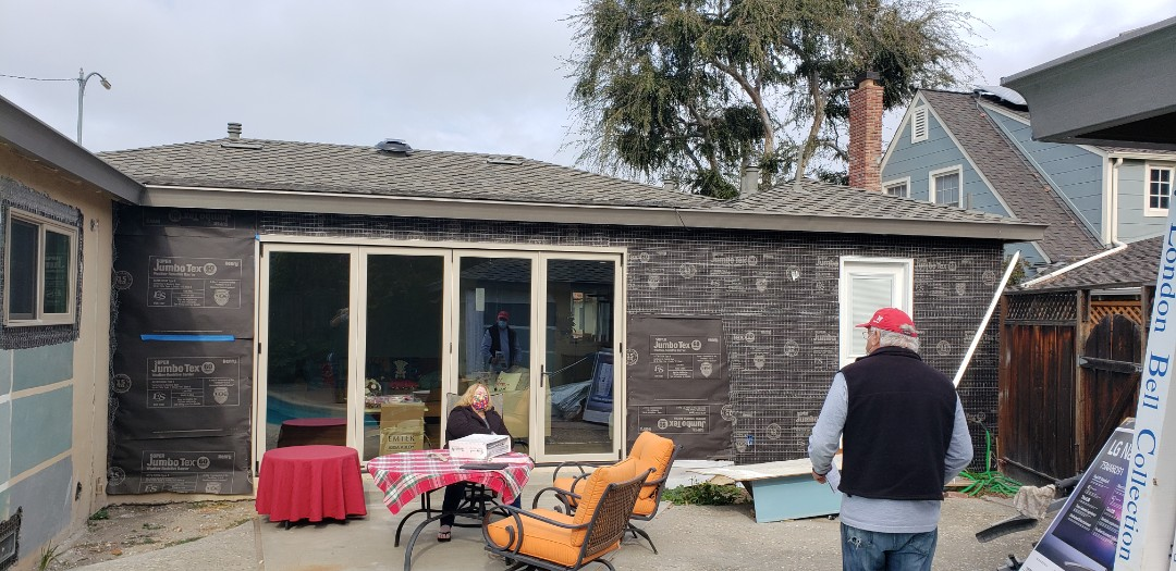 Antioch, CA - Home in Antioch needs a Sunesta Retractable Awning.  They chose one 18 x 14'8 with a drop screen.