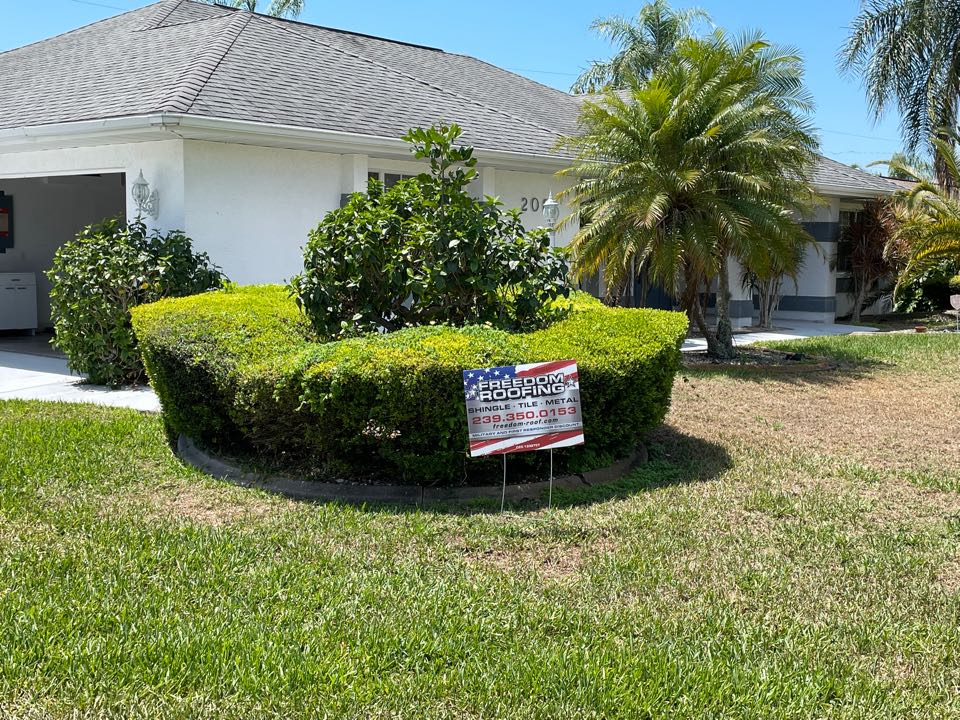 Cape Coral, FL - Another shingle reroof in Cape Coral