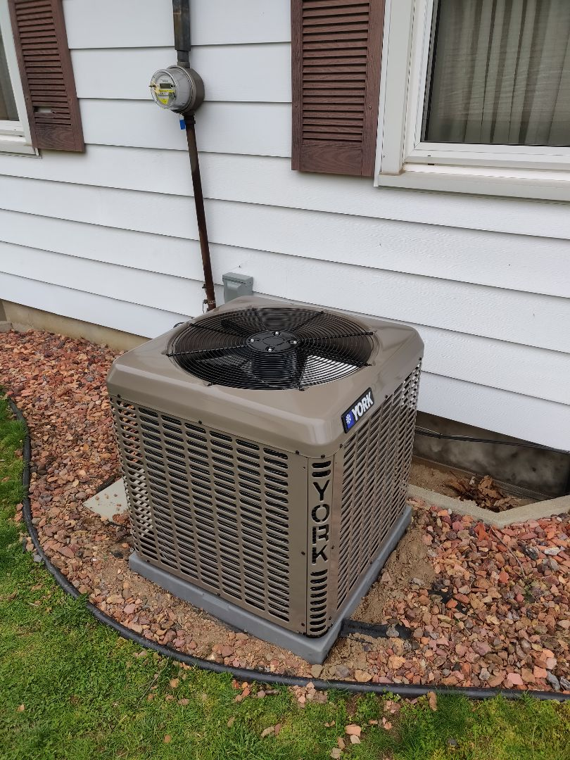 Battle Creek, MI - Replace old Bard gas furnace and air conditioning with a YORK 96% 17 Seer Ac