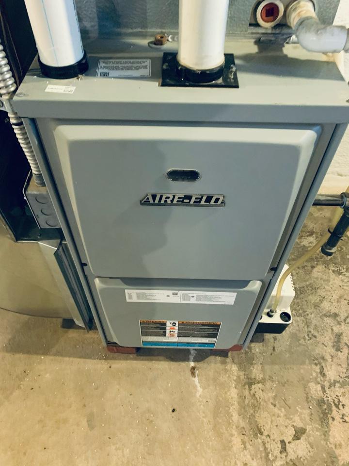 Battle Creek, MI - Rework vent on a Aire-flo gas furnace.
