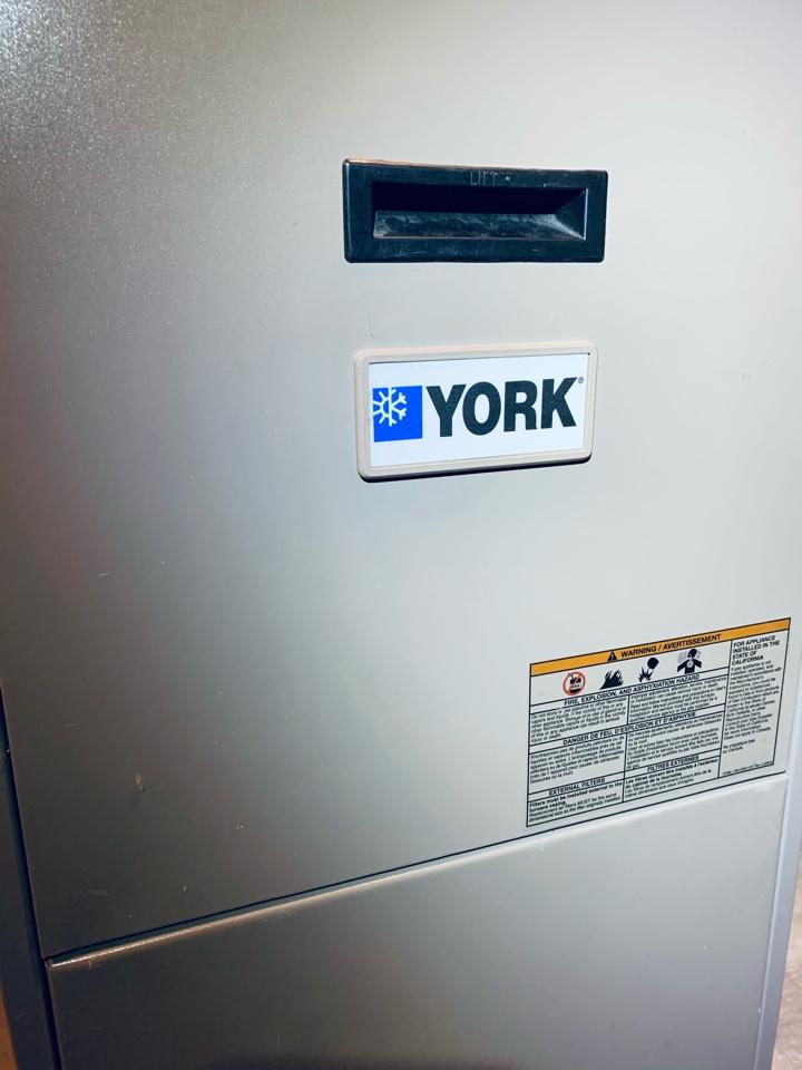 Battle Creek, MI - Performed furnace tune up on a York gas furnace.