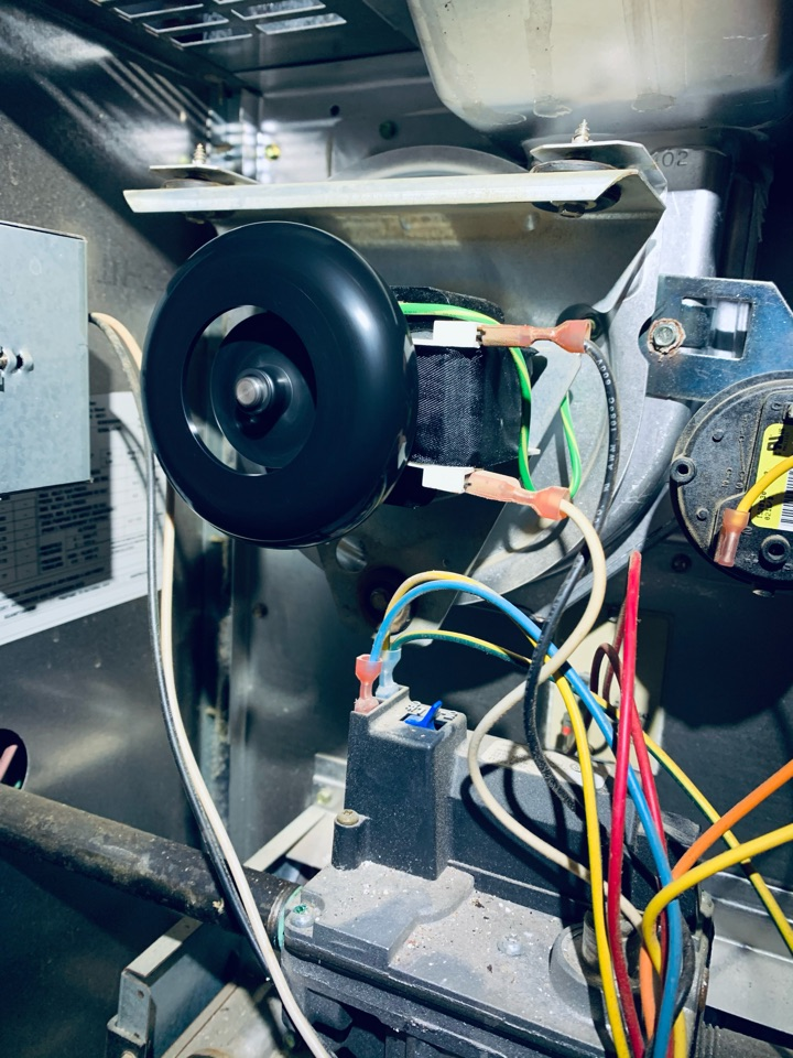 No heat repair on a Carrier weather maker gas furnace. Draft inducer replacement.