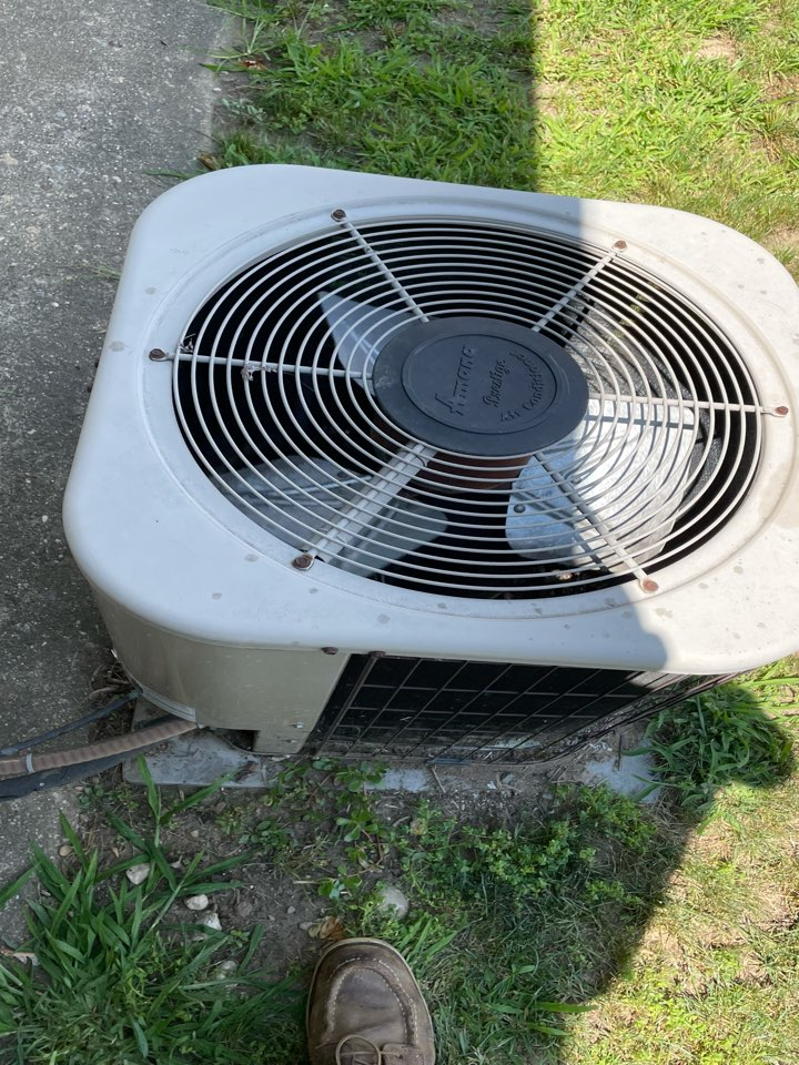 Replacement of Capacitor for condenser fan.