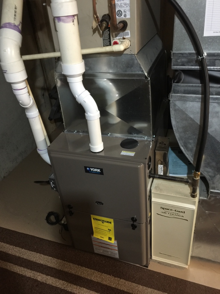 lennox heat exchanger. east leroy, mi - performed a no heat call on lennox g26 and found exchanger